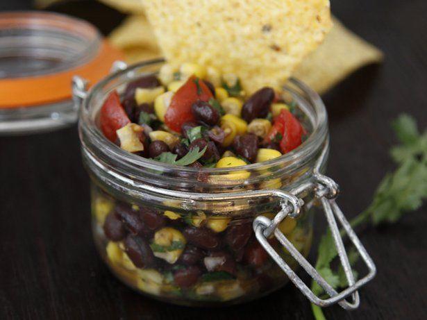 Blogger Paula Jones from a href=http://www.bellalimento.com target=_blankBellalimento/a shares a quick and versatile salsa recipe.