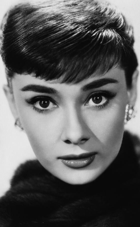 Sin duda, los flequillos tan cortos evocan el inolvidable de Audrey Hepburn. La actriz se lo podía permitir.