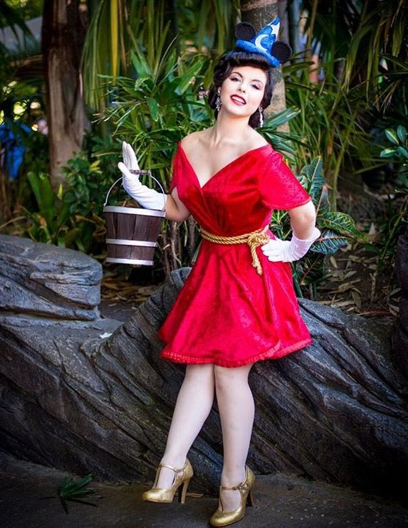 Disney Bound - Sorcerer Mickey (Fantasia)