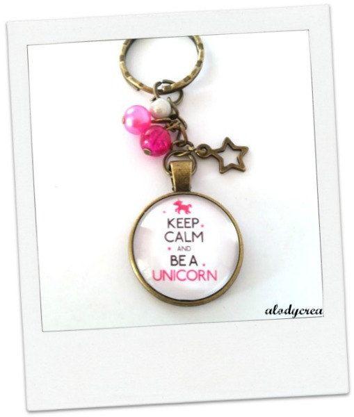 Porte clés bijou de sac - Licorne - keep calme and be a unicorn -  bronze - cabochon de la boutique alodycrea sur Etsy - keychain unicorn - keychain keep calm