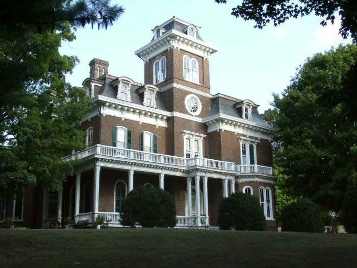 Glenmore Mansion - Jefferson City