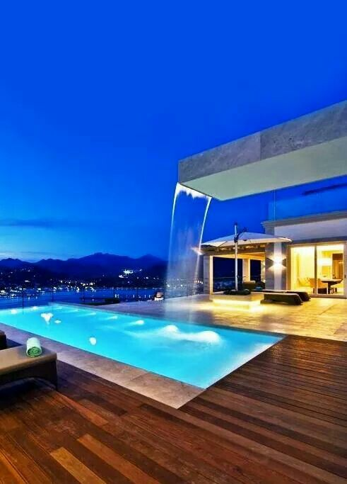 Who never dreamed about having its own bath tub/jacuzzi pool? They have an important role in luxury interiors or outdoors. See more great decor ideas here: http://www.pinterest.com/homedsgnideas/