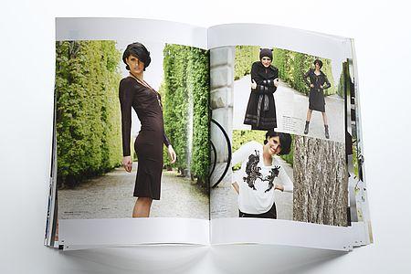 JONES // CATALOGUE –printed on bvs matt white, 150 + 300 g/qm