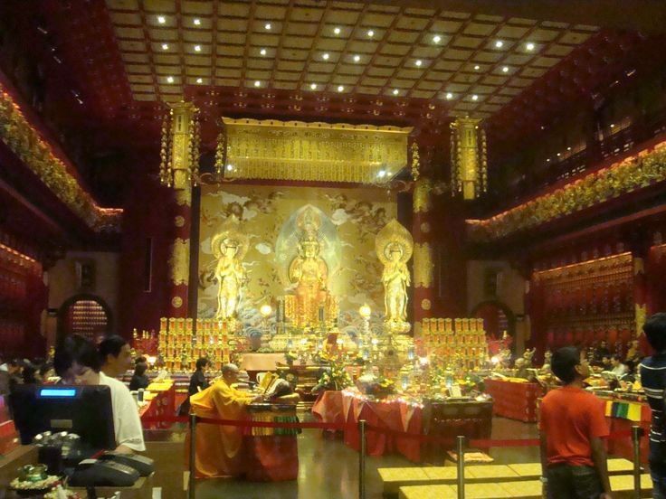 Buddha Tooht Relic Temple & Museum in Chinatown