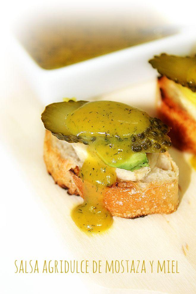 Salsa agridulce de mostaza y miel by Las Salsas de la Vida http://www.lassalsasdelavida.com/2013/06/salsa-agridulce-de-mostaza-y-miel.html