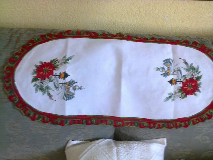 cross stitch and romanian pointlace