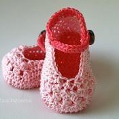 Crochet PATTERN pink mary janes baby boo - via @Craftsy