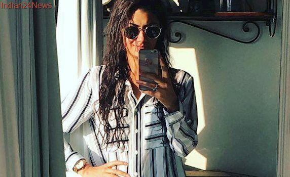 Kumkum Bhagya Actress Sriti Jha Is Trending Because...