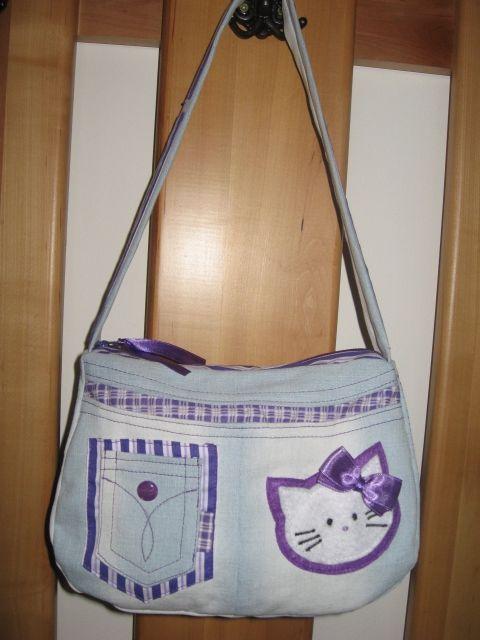 Meska - Hello Kitty-s farmer táska - lila eszterszemek kézművestől