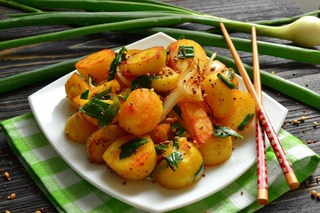 Жареный молодой картофель в специях по-индийски. Пошаговый рецепт с фото - Ботаничка.ru
