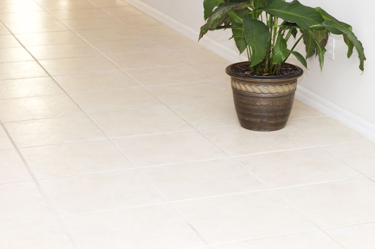 How to Use Vinegar & Water to Clean Ceramic Tile Floors