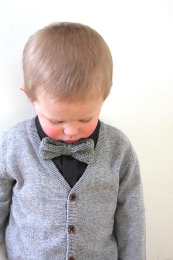 Boys Bow Tie  Boys Light Gray Bowtie  Adjustable by hilaryfrazier