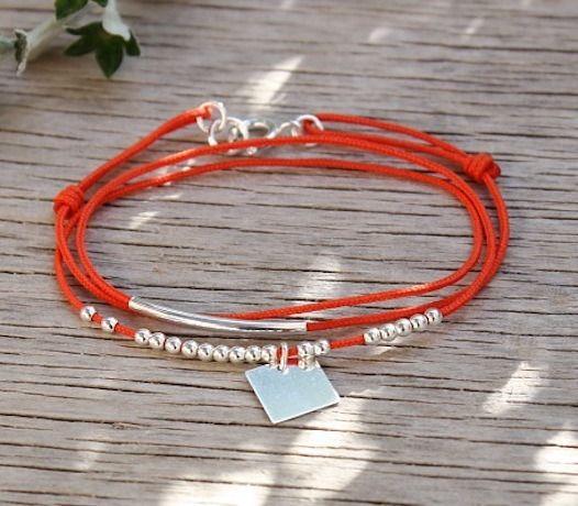 Bracelet cordon jonc perles et carré argent massif