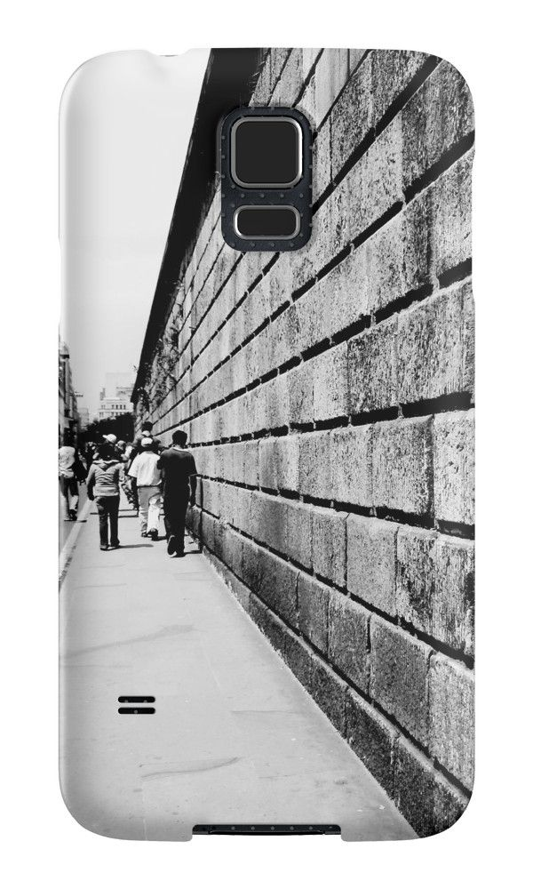 Street Lines by nath-gary #PhoneCases #Photography #UrbanPhotography #People #Architecture #Urban #BlackAndWhite #Lines #Perspective