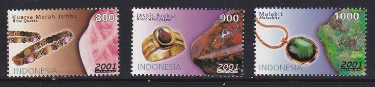 Stamp Set seri Batu Mulia 2001 - Kuarsa Merah Jambu, Jaspis Breksi,Malakit (Chalcedony, Banded Agate,and Variegated Jaspis)