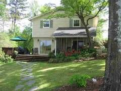 Listing Details  : Prudential C. Dan Joyner Co., REALTORS : Greenville and Spartanburg, South Carolina
