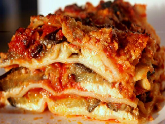 Buonissime, con tutta la cremosità della ricotta: preparare le lasagne alla Norma sarà un...