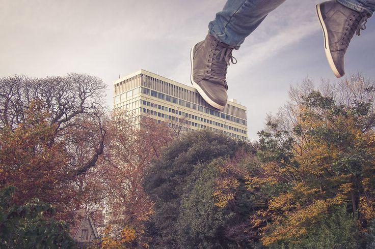 James-Popsys-saut-immeuble