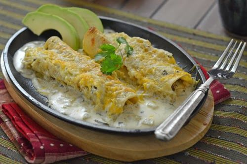 Steak Enchiladas with Green Chile Sauce - the frigid temps this week had me craving some Tex-Mex comfort food to warm me from the inside out!