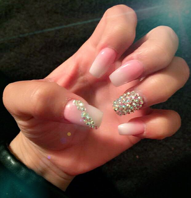#acrylicnails #nails #glitternails #pinknails #3dnails #rhinestones #glitter  #nails #dfwnails #acrylicnails #gelnails #nails #nailart #naildesign #nailswag #nailstagram #naildecoration  #nails2inspire #nailporn #vegas_nay #notpolish #nailsoftheday