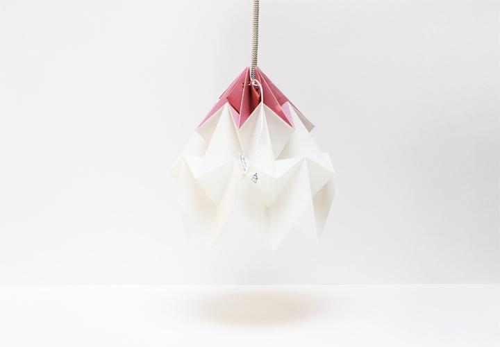 Finurlig og meget pigevenlig lampe til pigernes bad? (fåes hos Mumuland)