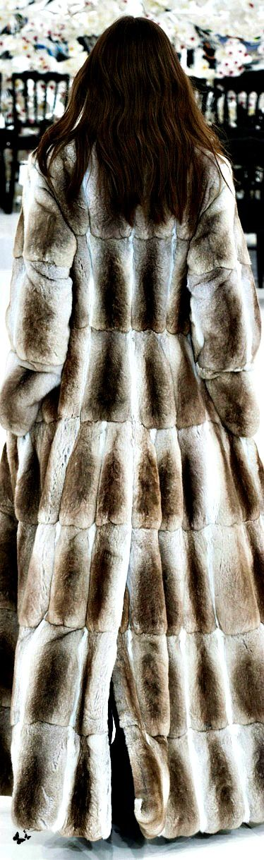 CHRISTIAN DIOR FALL 2014 COUTURE/ #popular pins ♥ Details Info Beauty & Fashion Fur Sale