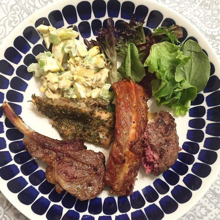 BBQ night! Lamb Salmon Pork spare rib Beef hamburg steak. Celery egg mayo salad and Green salad for sides.  夕ご飯は休日たまにやるBBQ今日のメニューはラム(私は食べず)サーモンスペアリブハンバーグと盛りだくさん焼き係は主人なので私はサイドの卵セロリマヨサラダ(鬼クミン入り)だけ用意  #パーソナルトレーニング #食べて痩せる #hkfoodie #hkfood #hkgym #mec食 #diet #keto #atkins #lowcarb #糖質制限#ローカーボ#ダイエット#レコーディングダイエット by yui_on_lowcarb