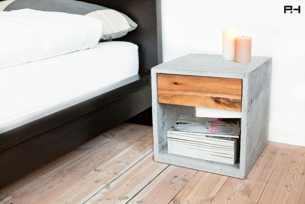 Beistelltisch aus Beton // little concrete desk by Plaha & Havemann via DaWanda.com