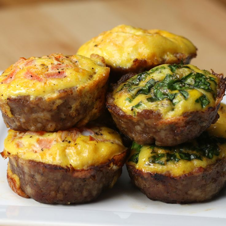 Low-Carb Sausage And Egg Cups
