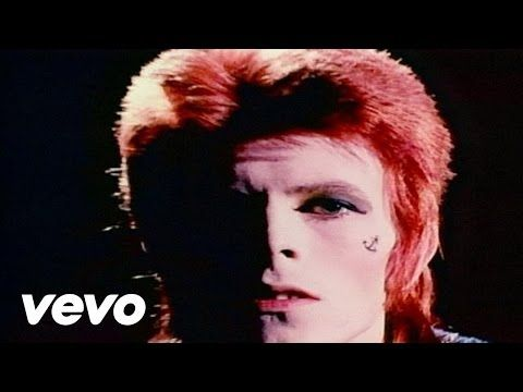 David Bowie - John, I'm Only Dancing - YouTube