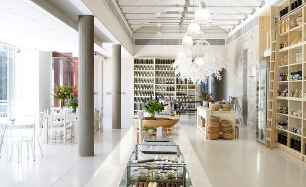 Whether you are dining at the deli or simply paying a quick visit, TOKARA Delicatessen's shop is a must-see.