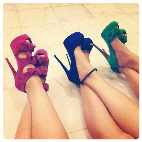 I need those pink bow heels in white, or black.