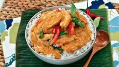MasterChef USA champion Christine Ha makes one of her favourite Thai dishes, Panang Curry.