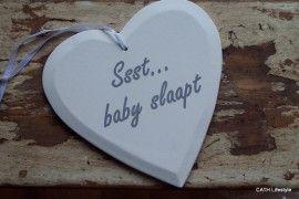 "TI Wit houten hart ""ssst baby slaapt""   BABY   CATH Lifestyle"