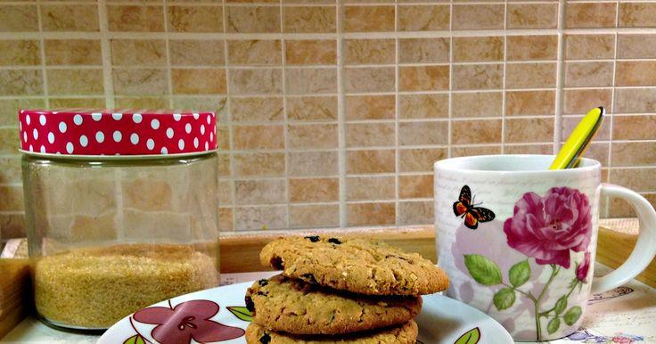 Cookies βρόμης με cranberries και σταφίδες. http://ift.tt/2qprVPq