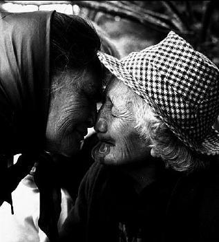 Photo of a couple of beautiful Maori kuia  Turangawaewae Marae 1963    Photograph by Ans Westra  http://www.hakashows.com/