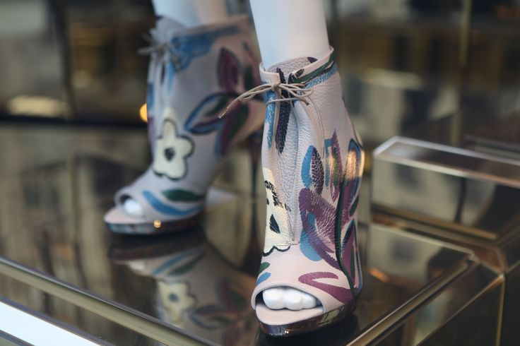 Hand painted shoes @burberry in#RegentStreet. #AW14