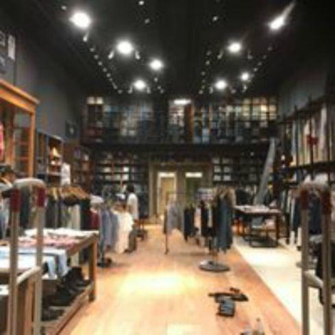 Diseño de locales comerciales de moda – Kosiuko Soleil – Federico Domínguez Arquitectos