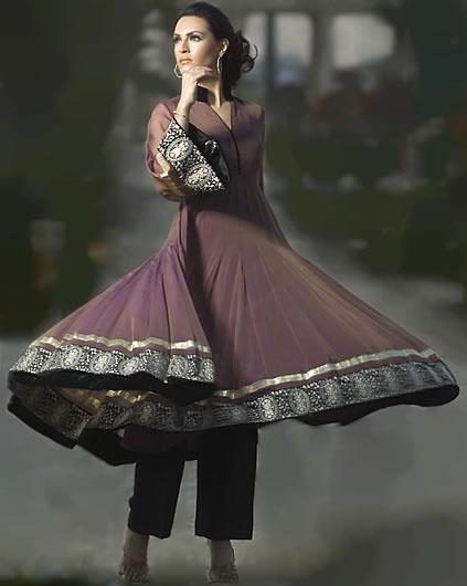 Beautiful Anarkali Dresses Designs & Pics !