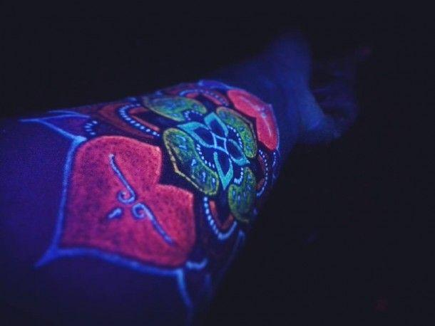 UV Tatto! Te tatuaże świecą w ciemności!