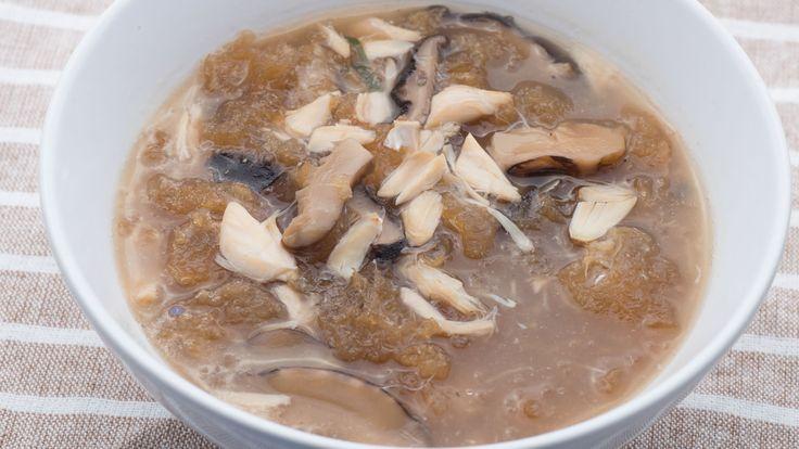 Sopa de aleta de tiburón                                                                                                                                                                                 Más