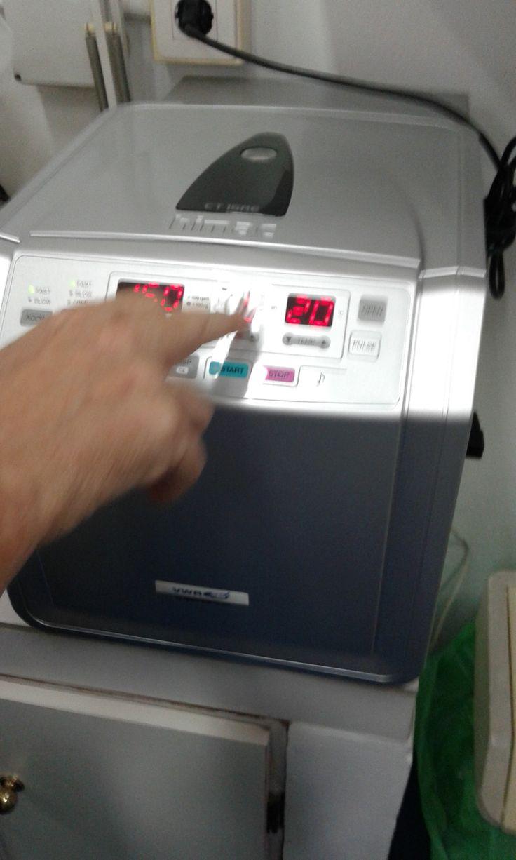16.Centrifugar a 13000 - 16000 rpm durante 2 minutos