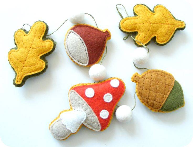 Pdf pattern felt autumn garland chestnut acorn imanufatti felt pinterest - Acorn and chestnut crafts ...