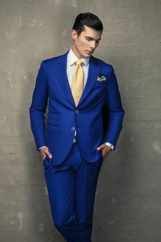 ▷ 1001 + Idées pour porter le costume bleu roi + comment se ... fedd3bc80d3