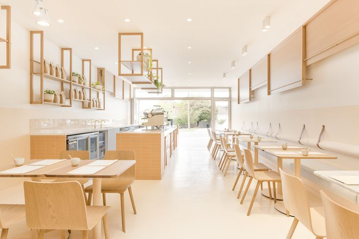 The A Team Kitchen is a lively new cafe that has opened up in Watsonia.  Greeted by large bi-fold doors and led into the neutral hues of The A Team, you'll be welcomed with the warm aromas of Five Senses coffee beans and vibrancy of the greenery surrounding the space. Featuring our Scala collection in Living Tumbled Brass, adding a sophisticated finish.  Interior Design & Styling: Biasol   Photography: Ari Hatzis   Product Selected: Scala collection in Living Tumbled Brass available from…