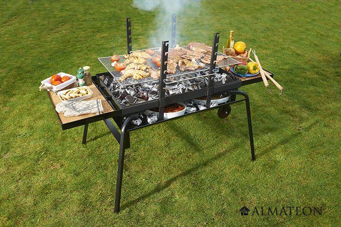 Le feu roulant fait office de barbecue, brasero, chauffe-plat, feu de camps et incinérateur de jardin.