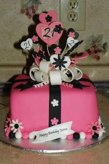birthday cake for teenage girl | Girly Birthday Cakes (Teens)