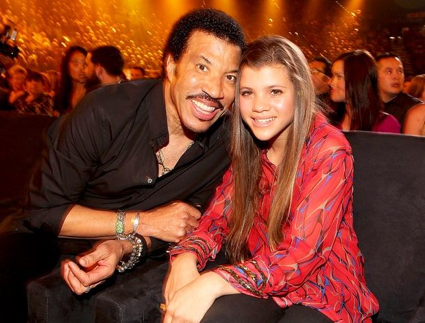 FOW 24 NEWS: Lionel Richie On Daughter Sofia Dating Scott Disic...