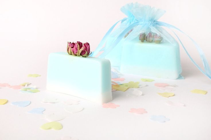 Handmade Soap Wedding Favours from The Cottage Soap Company.