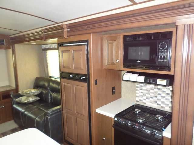 2016 New Dutchmen DENALI 287RE Travel Trailer in Mississippi MS.Recreational Vehicle, rv, 2016 DENALI REAR ENTERTAINMENT R40 INSULATION FOR EXTREME WEATHER Designed to reflect the needs of experienced RV enthusiasts through attention to distinctive residential details, luxury styled appointments and laser focus on craftsmanship and quality. Whether you are a family exploring the Grand Canyon or retired and relaxing on the shores of the Gulf of Mexico, the Denali will provide comfort and…
